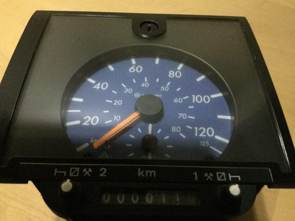1318 Mercedes Atego/Vario analogue tachograph head